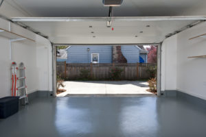 nowoczesny-garaz-idealna-nawierzchnia-podloga
