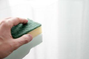 Jak czyścić żywice epoksydową?